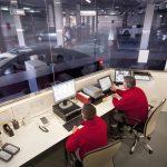 Mobiliario para Cabinas de Vigilancia y Control (Optimización del Espacio en Instalaciones)